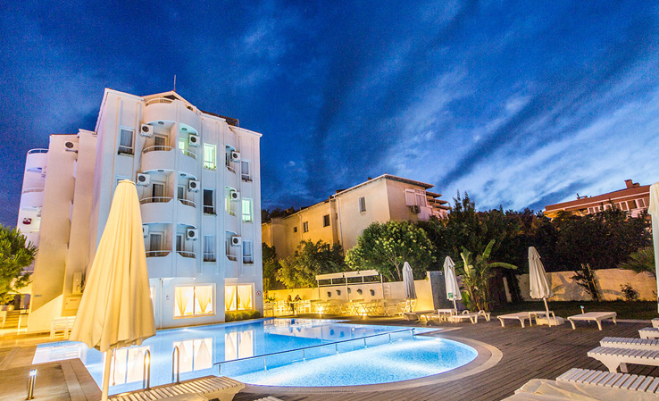 Çeşme Yeni Otel Residence